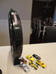 """Vintage Hot Wheels """"The Hot Ones"""" Tire carrying Case w/Some Cars Kitchener / Waterloo Kitchener Area image 4"""