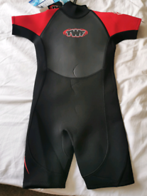 Child Unisex Wetsuit Brand New 10/11