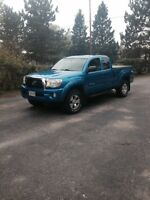 2005 Toyota Tacoma TRD  Access Cab Pickup Truck REDUCED