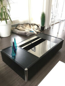 Table basse / meuble tv / table console