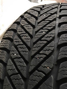 Good Year, Ultra Grip Winter Tires (4) P255/60R19