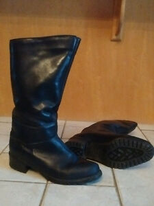 Women's leather boots - black, size 9