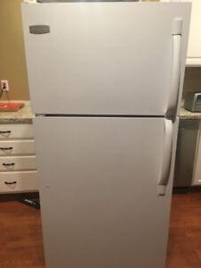 Frigidaire Refrigerator/Freezer Combo