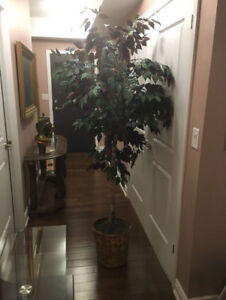 Excellent condition realistic  6.5' tall silk artificial tree