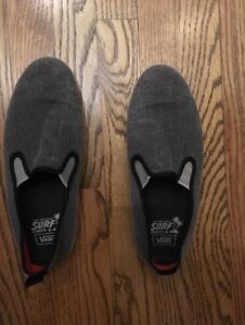 Van shoes men's size 8   $10.   Like new