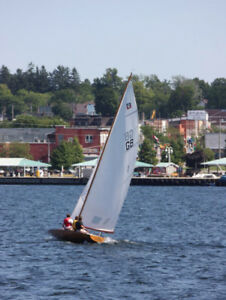 1964 E-scow by Vic Carpenter;28' Cedar Sailboat with Spruce Mast