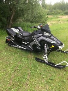 DEAL !!   2018 POLARIS ADVENTURE 800 9900$ NEG