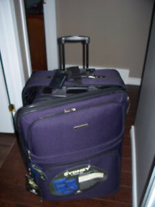 Brand New 5 Piece Set of Suitcases