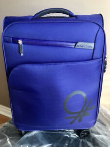 BRAND NEW CARRY ON LUGGAGE BAG $45 RETAIL$99.99 PLUS TAX