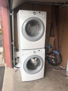 """2016 Amana White Front Load 27"""" Washer Dryer CAN DELIVER*"""