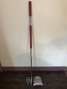 "Scotty Cameron Futura 44"" Golf Putter RH"