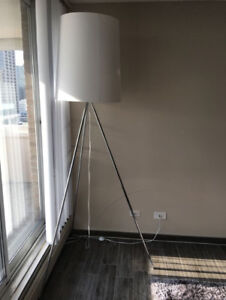 EQ3 Tripod Floor Lamp Excellent Condition Like New