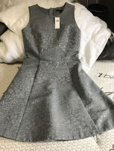 Brand New with Tag Size 2 Banana Republic