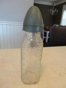 Set of 4 Vintage Bottles -Stork Baby Bottle, BC Distillery +more Kitchener / Waterloo Kitchener Area image 6