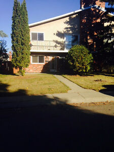 Castledowns Location -  4 bedrooms -- Avail Aug 1st