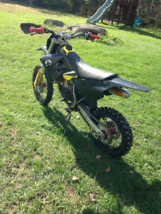 2010 rm85 for sale 1900 or best offer