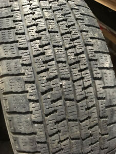 Winter tires, pneus d'hiver 215/55/16 avec, with RIMS