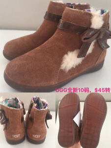 Pretty new with label. Girl's UGG US10