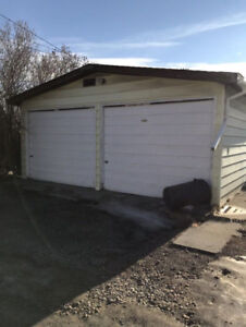 Double Garage for rent close to Banff Trail and U of C
