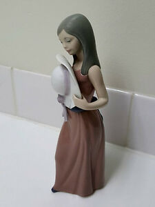 LLADRO Bashful Girl Holding Hat Porcelain Figurine 5007