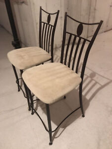 2 Breakfast Bar Chairs, great condition