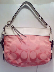 COACH Signature Hobo Zoe in Pink/White