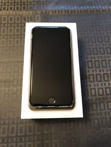 iPhone 6 - unlocked - 64GB - mint condition - new battery!