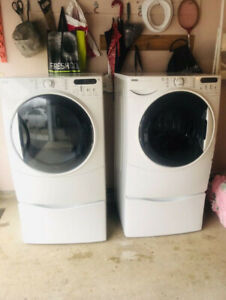 Washer And Dryer with pedestals For Sale