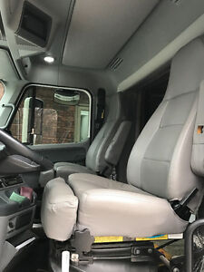 Freightliner Columbia leather seats