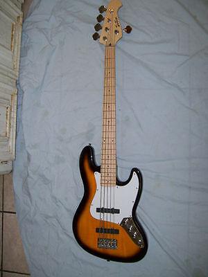Bass guitar, 5 string, J bass, New