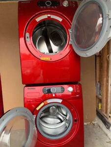 Excellent condition clean 27 inch washer and dryer and very brig