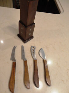 5 Piece Knife Set with magnetic Wood Holder - Never used Kitchener / Waterloo Kitchener Area image 1