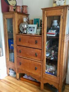 Antique dresser/cabinet
