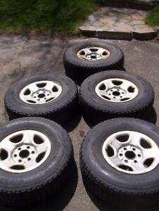 5 Roues Camion Chevrolet / GMC FireStone 245/75r16