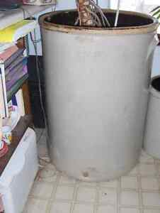 RARE 50 Gallon Crock **REDUCED to $200.00** Gatineau Ottawa / Gatineau Area image 1