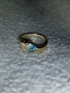 Gold & Blue Topaz ring with tiny diamond