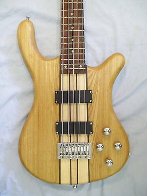 Bass guitar, 5 string, Solid wood neck through body, active pickups