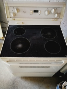 FOR SALE: Whirlpool Stove/ Glasstop range