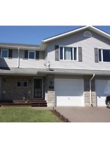 Petawawa room for rent/ new townhouse