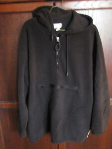 Ladies plus size black fleece pullover hoodie in size 1X
