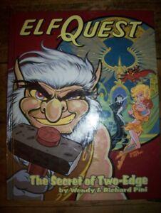 Livres de Elfquest, édition Hard Cover en couleur, 35$ chaque li