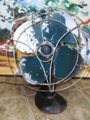 Vintage GREEN CAST IRON WAVY Cage Oscillating Fan ART DECO 14