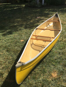 Swift Shearwater - Solo Canoe - Expedition Kevlar   Canoes