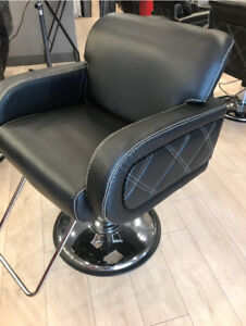Hair salon styling chairs in excellent condition
