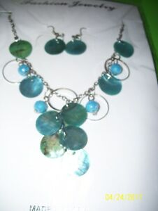 Ladies Fashion Jewelry Necklace & Earrings