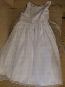 Girls size 12 Flower girl/Communion dress