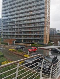 City centre luxurious apartment to let
