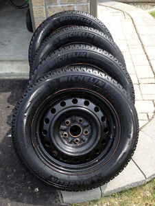 Michelin X-IceWinter Tires - 205 60R16