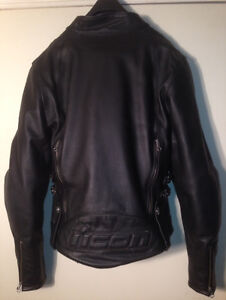 ICON. Must sell. Hella Leather Motorcycle jacket armour padding