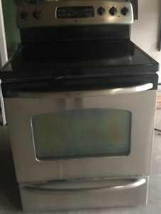 Stainless Steel, Self-Cleaning Stove